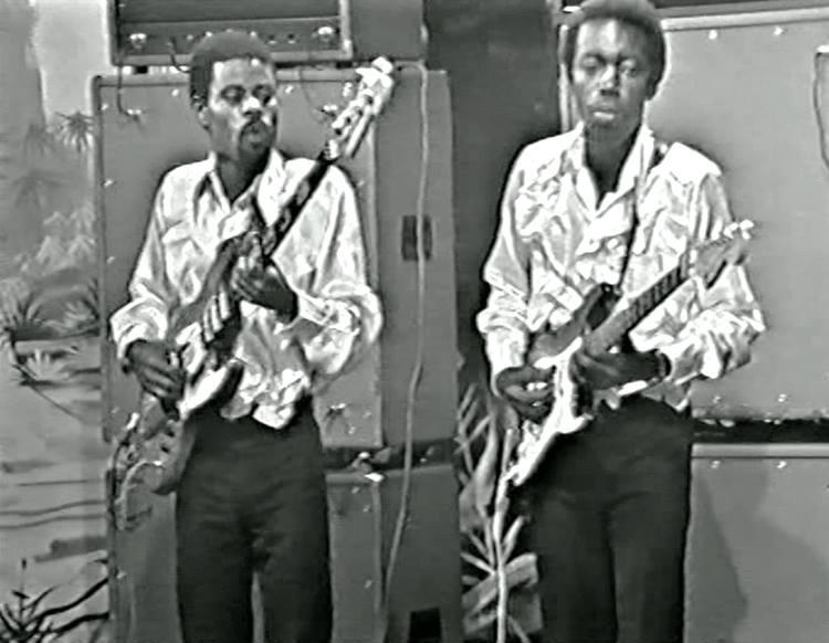Decca Mpudi Gege Mangaya